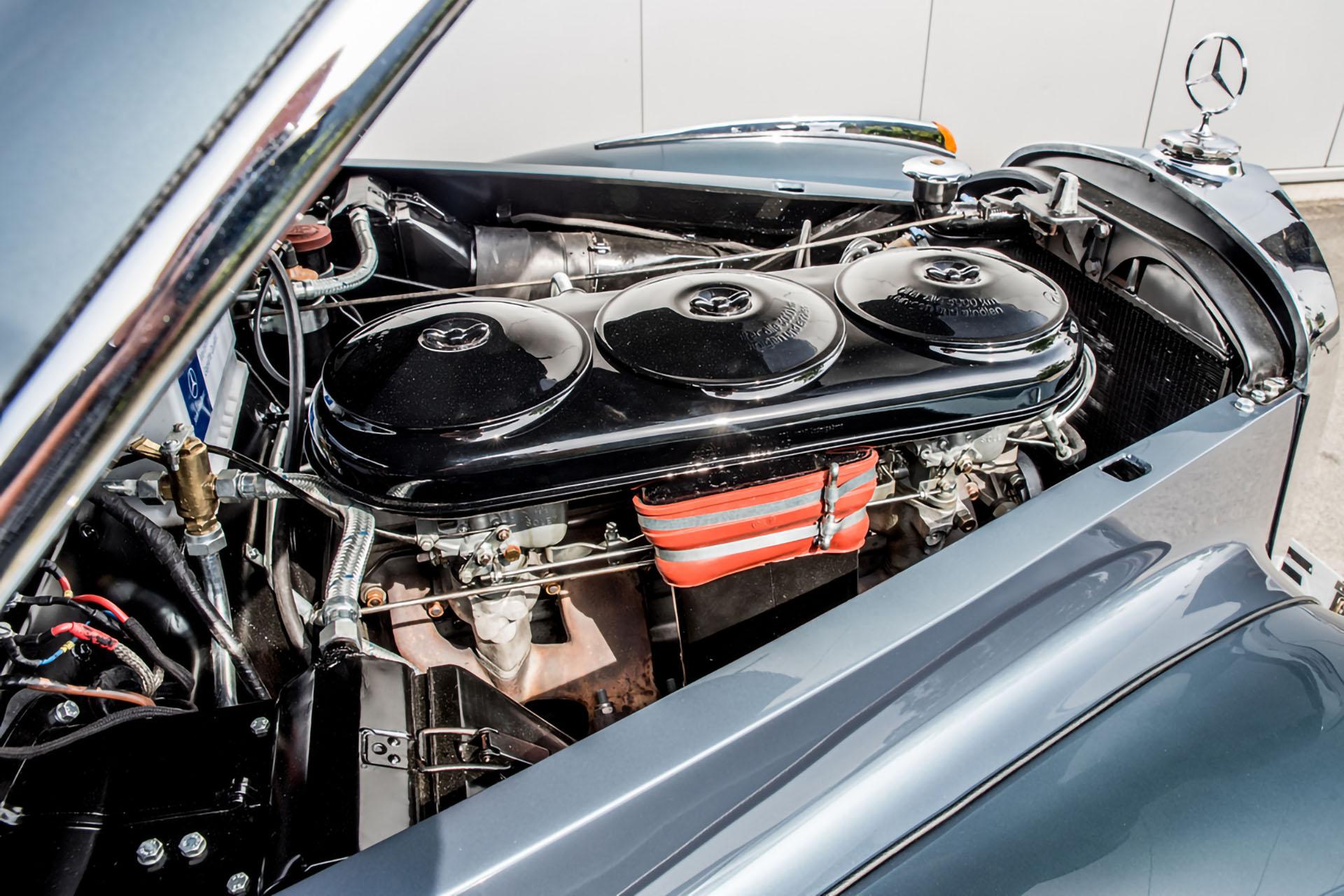 Mercedes 300S Ruote Leggendarie Classic Car